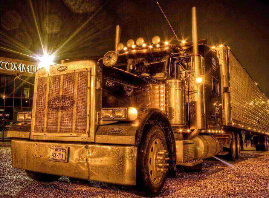 peterbuilt-truck-front